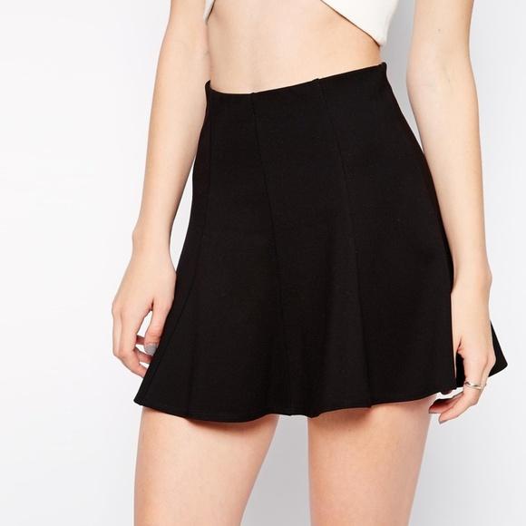 Bardot Dresses & Skirts - Bardot Scuba Skater Mini Skirt
